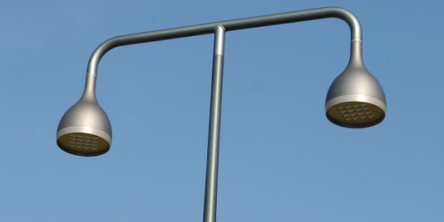 Le nouveau Cand�labre DROP LED existe en simple et double luminaire